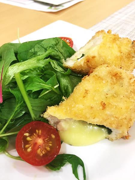 料理研究家の山際千津枝先生による 『はかた地どり料理教室』が開催されました! 6