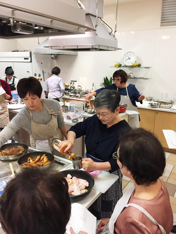 博多阪急で山際千津恵先生の料理教室が開催されました♪3