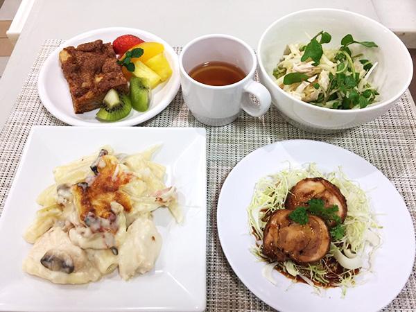 1月11日に博多阪急にて、山際千津枝さまによる 「はかた地どり」料理教室が開催されました!9
