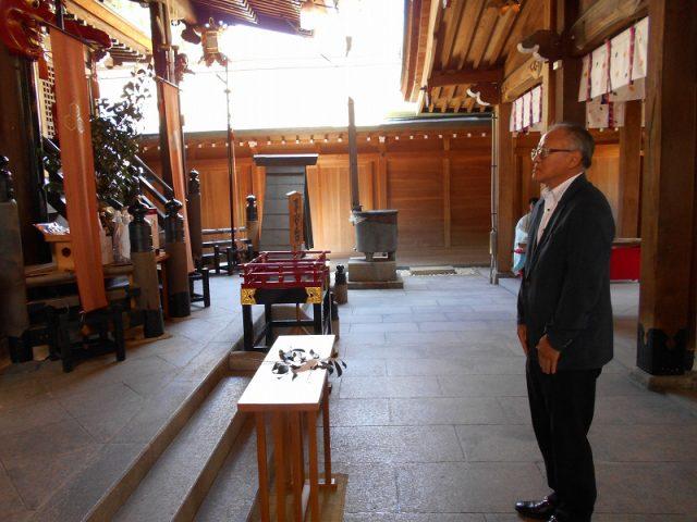 櫛田神社に『はかた地どり』を奉納いたしました03