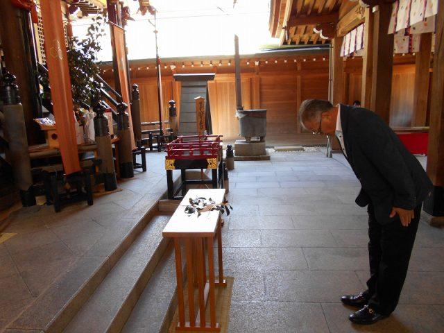櫛田神社に『はかた地どり』を奉納いたしました04